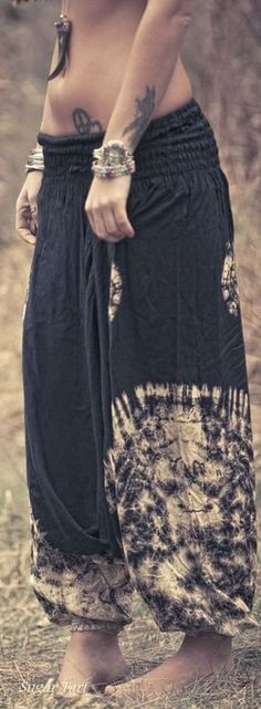 Skirt boho gypsy hippies Ideas for 2019 Hippie Style, Looks Hippie, Mode Hippie, Gypsy Style, Boho Gypsy, Bohemian Style, Style Me, Boho Outfits, Cute Outfits