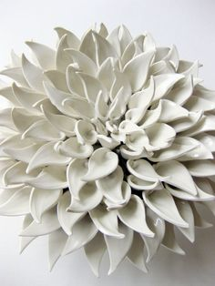 Gorgeous Clay Wall Sculpture of a Dahlia Flower Ceramic Wall Art, Ceramic Clay, Ceramic Pottery, Porcelain Ceramics, Porcelain Jewelry, Fine Porcelain, Porcelain Tiles, Painted Porcelain, Hand Painted