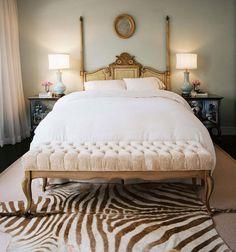 gold zebra bedroom that i loveeee.