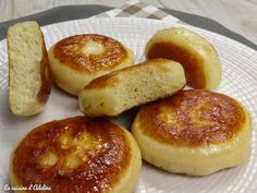 Les dampfnüdle sont des pains gonflés à la vapeur. Une recette Alsacienne…