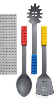 Add a nerdy twist to preparing dinner with these Lego block spatulas and spoons.