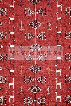 Vintage tapis kilim tunisien en laine kilim berb re for Decoration murale berbere