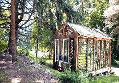 juliesmithschneider: Inspiring Workspaces: Neile Take a peek into Neile Cooper's woodland sanctuary made entirely from stained glass and salvaged windows. Read the full story on Etsy. Glass Cabin, Glass House, Workspace Inspiration, Dream Studio, Stained Glass Designs, Window Frames, Autumn Trees, Beautiful Space, Glass Panels