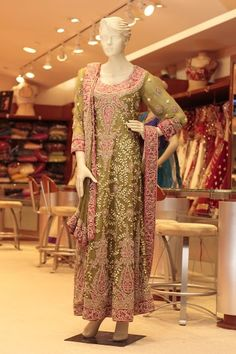 MEHNDI GREEN PAKISTANI BRIDAL (Price: $3995) Design No: LQ1 Embroidery: Zardosi and Stone work Fabric: Chiffon For more information please contact sales@sahil.com
