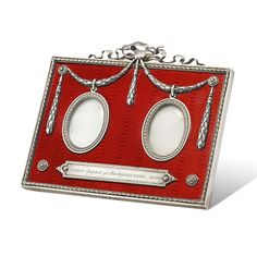 A FABERGÉ RED ENAMEL DOUBLE MINIATURE PICTURE FRAME - Bentley & Skinner