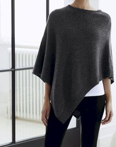 Minimalist fashion style to copy this season (51)