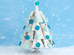 LEGO lovers of the world can rejoice this Christmas, thanks to McVeigh's DIY holiday creations. The artist, known for his imaginative expertise in transforming the popular plastic bricks into detailed sculptural installations, is getting into the holiday spirit and sharing his craft with LEGO ...