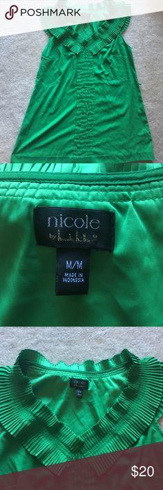 Green Nicole Miller top shirt blouse medium M Gently used Nicole Miller top size medium! Nicole Miller Tops Blouses