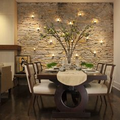 A dining room decor to make your guests feel envy! Grab the best dining room decor ideas to make your dining room design be the best when it comes to modern dining rooms designs. A best of when it comes to interior design ideas. Modern Dining, Stone Accent Walls, Room Wall Decor, House Interior, Dining Room Contemporary, Dining Room Accent Wall, Contemporary Dining Room, Dining Room Accents, Dining Room Design Modern