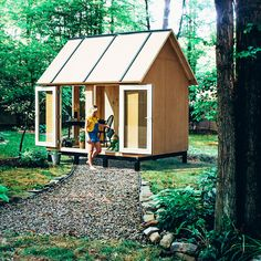 PLEK7 Tiny House - for in your garden