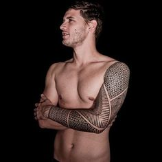 The Quest For Cool – What Defines Cool Tattoos - Tattoo Designs Men Tatto For Men, Unique Tattoos For Men, Unique Tattoo Designs, Cool Tattoos For Guys, Define Cool, Tricep Tattoos, Scale Tattoo, Sacred Geometry Tattoo, Symbolic Tattoos
