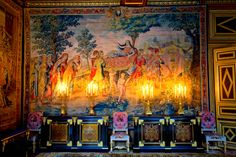 loveisspeed .......: O Palácio de Fontainebleau, localizado a 55 km do centro de Paris, é um dos châteaux maior real francesa. O palácio como é hoje é o trabalho de muitos monarcas franceses, com base em uma estrutura de início do século 16 de Francisco I. O edifício é organizado em torno de uma série de pátios. A comuna de Fontainebleau cresceu ao redor do restante da floresta de Fontainebleau, um antigo parque real de caça ...