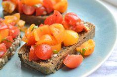 Deze Italiaanse tomatensalade is smaakvol, simpel en erg gezond! En waar ik deze leerde bereiden? In het land van de liefde natuurlijk!