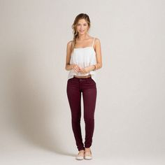 ✨Hollister Maroon Skinny Jeans✨ Size Literally worn one time, the material is so soft. These jeans are stretchy as well. Super cute, always willing to negotiate/bundle💕 Make me an offer! Hollister Outfit, Hollister Models, Hollister Clothes, Hollister Jeans, Burgundy Skinny Jeans, Burgundy Pants, Super Skinny Jeans, Maroon Jeans, Spring Summer Fashion