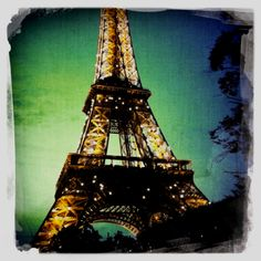 ish :/ idk if i would want to go to paris... but i think the beauty at twilight would outweigh the sass :)