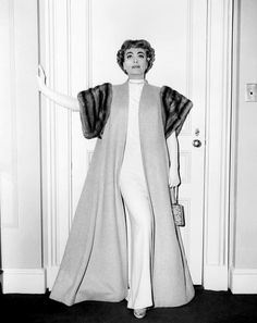 TORCH SONG, Joan Crawford, in a camel's-hair coat with mink trim, by Helen Rose, 1953 Old Hollywood Stars, Golden Age Of Hollywood, Vintage Hollywood, Hollywood Glamour, Classic Hollywood, Hollywood Actresses, Joan Crawford, Helen Rose, Torch Song
