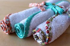 DIY Bias Tape Washcloths: use old towels or cheap, new washcloths & homemade bias tape (great idea for practicing your bias tape skills before taking on a larger project!).