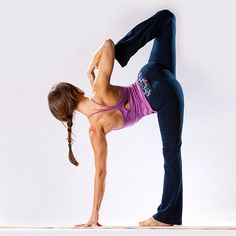 It took me long enough to make peace w/ ardha chandrasana. Grabbing that foot (and staying balanced) is hard!