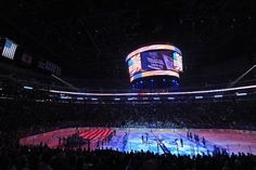 Does that star-spangled banner still wave? National Anthem at STAPLES Center before Game 5 vs. Sharks