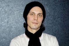 """To the girl who cried love, """"Won't you come and play with me?"""" #villevalo"""