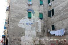 Italy, Naples - www.worldlytreasury.com
