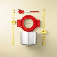 Visual Recipes by Mikkel Jul Hvilshøj › Inspiration Now Still Photography, Life Photography, Italian Lunch, Still Life Photographers, Food Displays, Grid Design, Graphic Design, Recipe Images, Linguine