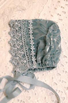 Silk velvet bonnet.