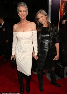 Sisterly love: Jamie Lee Curtis is joined by sister Kelly as they honour their mother Janet Leigh