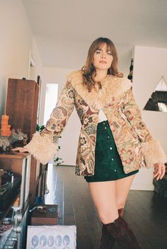 70s Inspired Fashion, 60s And 70s Fashion, Girl Fashion, Fashion Outfits, Fashion Tips, Seventies Fashion, 70s Women Fashion, Vintage Fall Fashion, Fashion Clothes