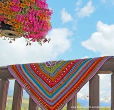 Welcome to the Around-the-BasesCAL (start Aug 9, 2015)! I am excited to announce a crochet along (CAL) that will turn YOUR favorite square into an afghan! It will start on August 9, 2015. A new …