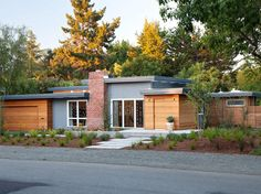 Midcentury Modern Curb Appeal: Eichler Expansion