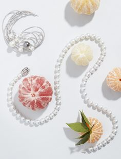 Necklace and Hair jewelry by Holemans Classy Photography, Fruit Photography, Jewelry Photography, Photo Jewelry, Hair Jewelry, Fine Jewelry, Fruits Photos, Jewelry Editorial, Barrettes