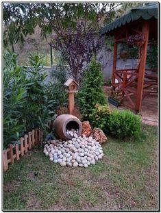28 stunning spring garden ideas for front yard and backyard landscaping 00023 Garden Yard Ideas, Diy Garden, Spring Garden, Garden Projects, Backyard Ideas, Garden Decorations, Patio Ideas, Garden Whimsy, Garden Junk