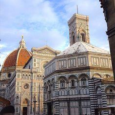 Buongiorno quanto vorrei essere a Firenze in questo momento invece che essere a casa a studiare amo troppo questa città!! Ogni angolo è un dipinto☀️ #latergram#Florenze#Dome#odioladomenica#cute#amazing#photo#city#centre#tagsforlikes#photowall#jj#jj_forum#instahub#instagramhub#statigram#kik#spinslovesme#instagramers#instaliker#likethis#like4like#likeforlike#bestoftheday#tbt#ff
