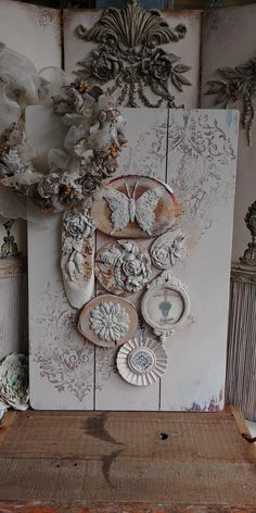 Old Picture Frames, Mix Media, Ely, Clay Ideas, Handmade Decorations, Clay Art, Rock Art, Paper Crafting, Diorama