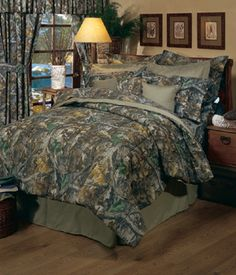 Southern Sisters Designs - Realtree Camo Comforter Set Timber, $118.95 (http://www.southernsistersdesigns.com/products/Realtree-Camo-Comforter-Set-Timber.html)