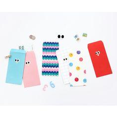 Som Som basic envelope set by Livework. The Som Som envelope set comes with 6 uniquely designed envelopes. Shop cute envelope set at fallindesign online store. ---- Found at fallindesign.com