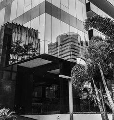Foto do espelhamento do prédio - Av. Brigadeiro Faria Lima