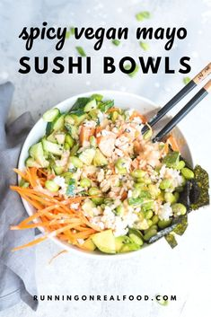 These vegan sushi bowls are made with rice avocado sweet potato edamame vegan spicy mayo sesame seeds nori carrot cucumber and edamame This recipe is easy to make healthy. Sushi Recipes, Asian Recipes, Vegetarian Recipes, Cooking Recipes, Healthy Recipes, Dinner Recipes, Thai Recipes, Edamame, Sushi Ingredients