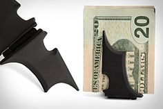 For the green - BATMAN MONEY CLIP