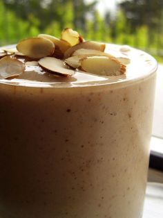 Craveable Creamy Protein Almond Shake Recipe (Dairy-Free) - healthy enough for breakfast or a post-activity re-fuel, but sweet enough for a treat! Naturally vegan, gluten-free & soy-free recipe, too.