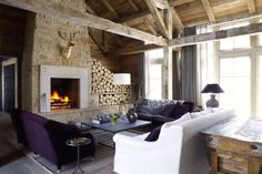 17 Comforting Chalet Interiors on The Study: The @1stdibs Blog | http://www.1stdibs.com/blogs/the-study/chalets/
