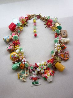 RESERVED Vintage Toy Necklace Flower necklace di rebecca3030