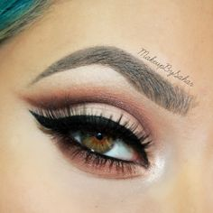"""""""Soft cut crease"""" by MakeupBySahar using the Makeup Geek Cocoa Bear, Creme Brûlée, Mocha, and Shimma Shimma eyeshadows. i'm fucking OBSESSED with cut creases like this ugh just slit my throat with that wing girl Makeup Inspo, Makeup Inspiration, Makeup Tips, Beauty Makeup, Makeup Tutorials, Makeup Ideas, Makeup Geek Eyeshadow, Skin Makeup, Organic Makeup"""