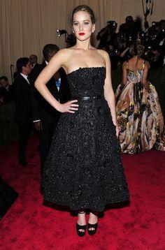 Jennifer Lawrence en la alfombra roja de la gala MET 2013 en Nueva York