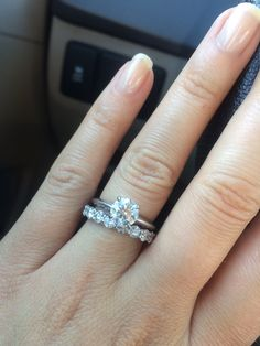Please show me your rings with a round center stone and 4 prongs! - Weddingbee