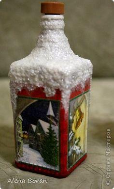 1 million+ Stunning Free Images to Use Anywhere Wine Bottle Candles, Painted Wine Bottles, Vintage Bottles, Wine Bottle Crafts, Bottles And Jars, Christmas Decoupage, Christmas Crafts, Christmas Wine Bottles, Jar Art