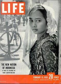 Foto-Foto Indonesia di Majalah LIFE Tahun 1950 oleh Henri Cartier Bresson