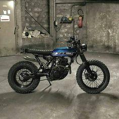 Classic bike's Yamaha TW 125 scrambler by Lost Mechanics Yamaha Cafe Racer, Yamaha Tw 125, Cafe Bike, Cafe Racers, Moto Scrambler, Retro Bikes, Tracker Motorcycle, Cafe Racer Motorcycle, Yamaha Tw200
