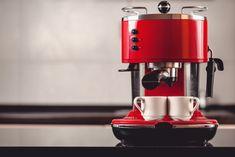 12 Best Espresso Machines under $300 (2018 Buyer Guide)  #espresso #espressomachine #coffee #coffeelover #coffeemachine #espressomachineunder300
